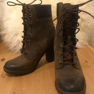 Timberland brown leather vintage booties